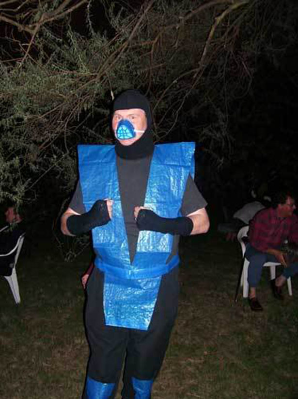 Halloween-Costume-Fails-025-10222013