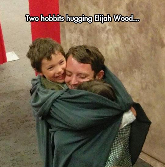 Little Hobbits Meet Their Hero