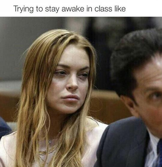 funny-Lindsay-Lohan-sleepy-courtroom