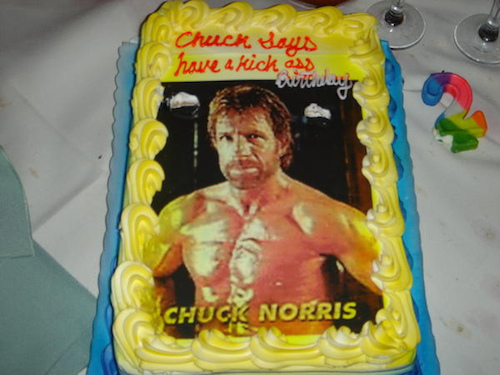 funny-birthday-cake-chuck-norris
