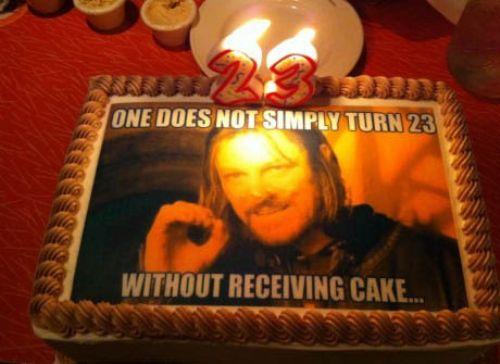 funny-birthday-cake-meme