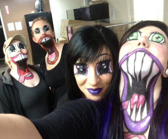 funny-makeup-monster-mouth-girls