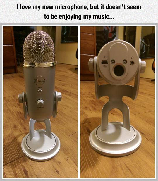 funny-microphone-little-man-blocking-ears