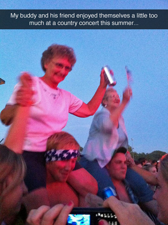 funny-old-lady-concert-crazy