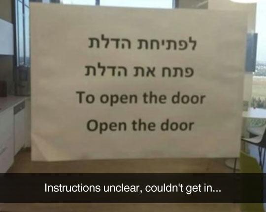 funny-translation-open-door-sign