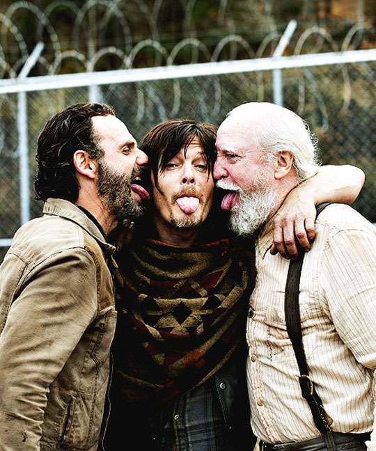 cool-Walking-Death-cast-tongues-out