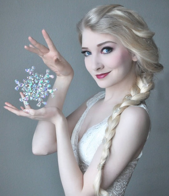 These Elsa Cosplays Are Getting Better And Better