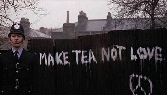funny-English-humor-police-graffiti