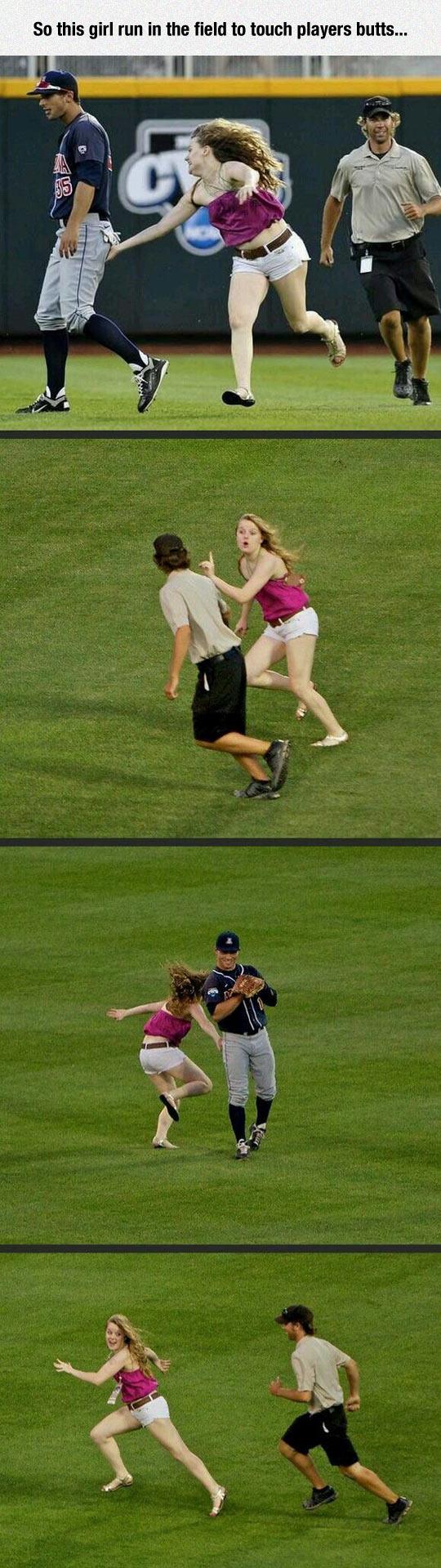 funny-girl-run-field-players