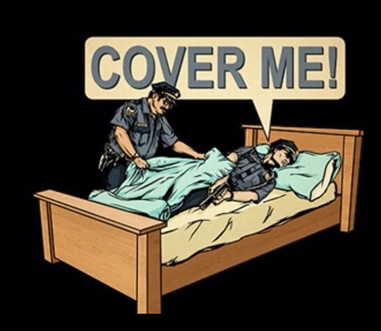 funny-police-bed-cover-cartoon