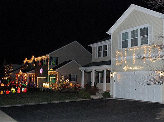 christmas-lights-ditto