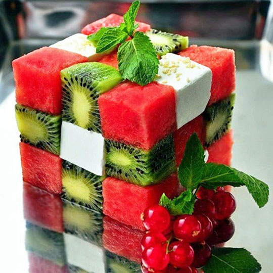 cool-Rubiks-cube-fruit-salad