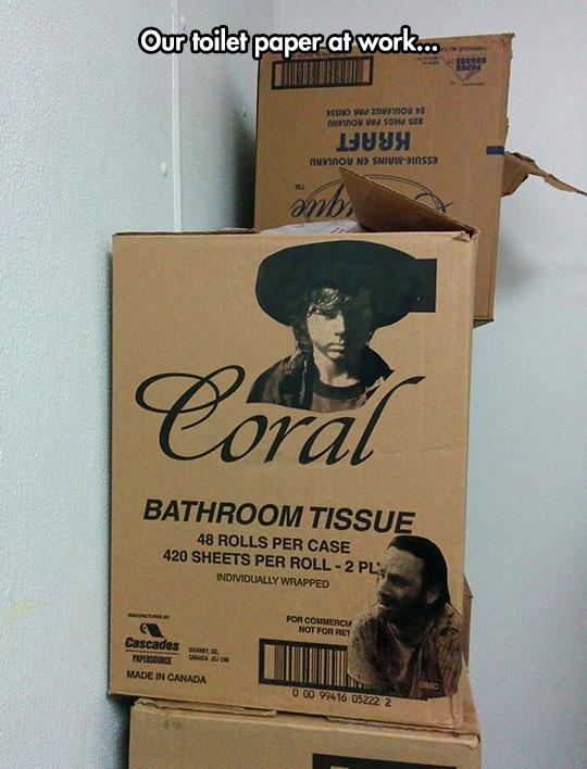 funny-Carl-Walking-Dead-toilet-paper