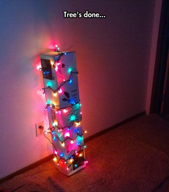 funny-Christmas-Tree-lights-box