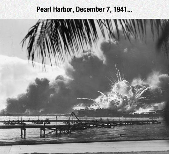 funny-Pearl-Harbor-attack-explosion