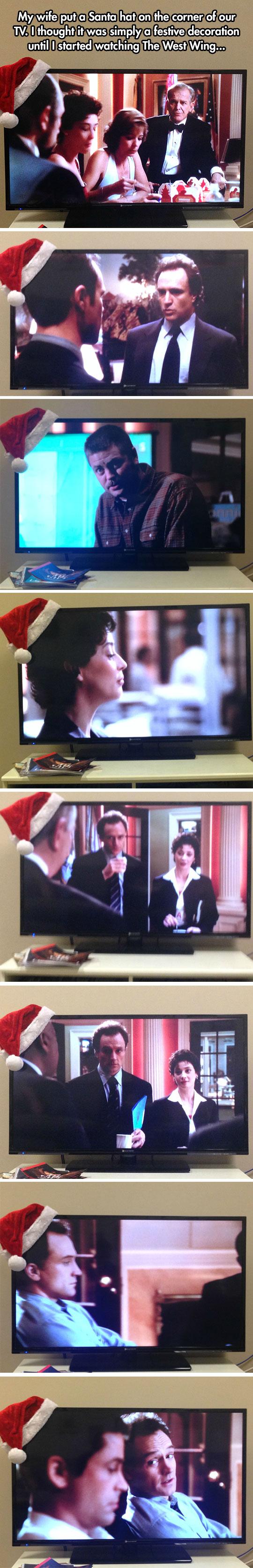 funny-Santa-hat-TV-West-Wing