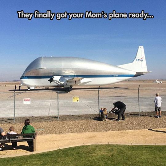 funny-big-NASA-plane-mother-joke