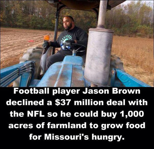 funny-football-Jason-Brown-farmland