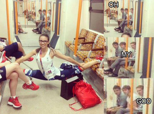 funny-girl-leg-split-subway-boys