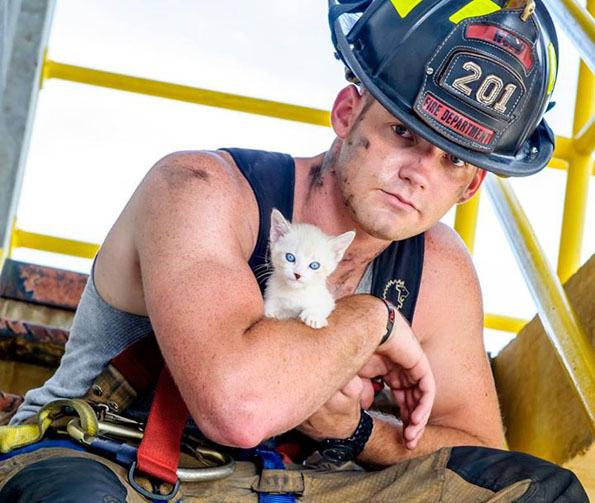 charleston-firefighters-with-puppies-calendar-17-1