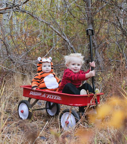 funny-Calvin-Hobbes-kid-cosplay-baby
