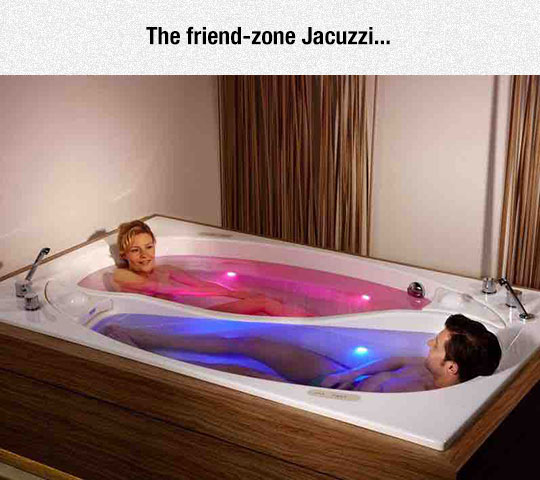 funny-Jacuzzi-separate-couple