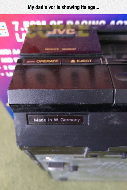 funny-VCR-Germany-old-label