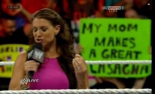 funny-Wrestling-show-sign-lasagna