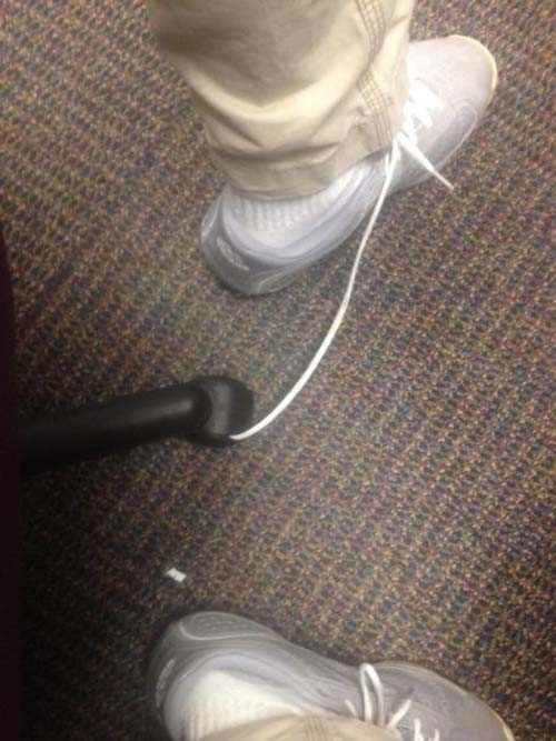 funny-dammit-moments-chair-shoelace