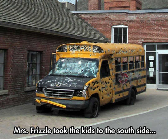 funny-pictures-mrs-frizzle-took-kids-south-side-shot-schoolbus