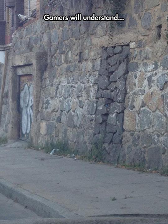 funny-street-wall-hole-stone-closed