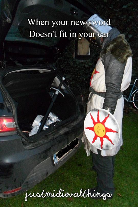funny-sword-fit-car-knight