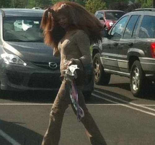 Strange-and-funny-people-of-walmart-004