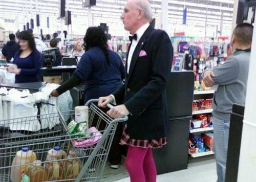 Strange-and-funny-people-of-walmart-019