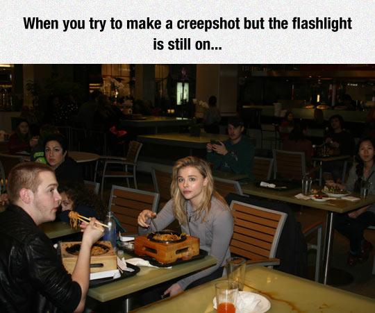 funny-Chloe-Moretz-eating-photo-flash