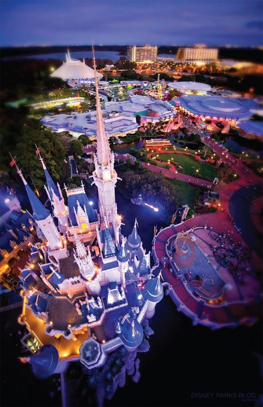 funny-castle-Disney-sky-view-pic