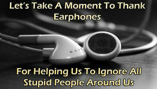funny-earphone-help-us-ignore-people