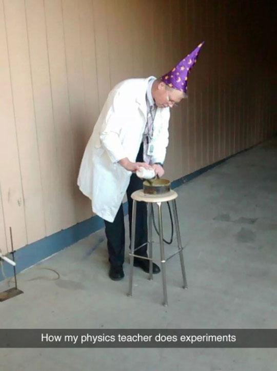 funny-physics-teacher-wizard-hat