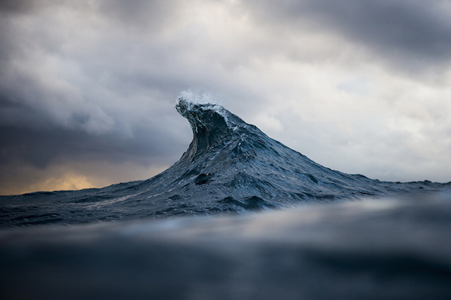 These waves look like mountains3