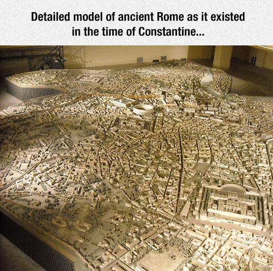 Model In The Civiltà Romana Museum