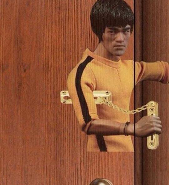 Bruce Lee Door Lock