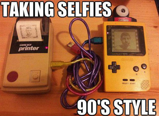 funny-GameBoy-take-picture-printer