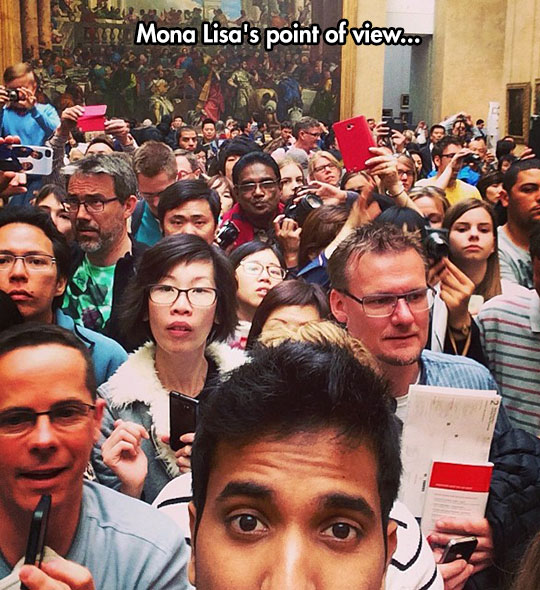 Is The Louvre Actually This Crowded?
