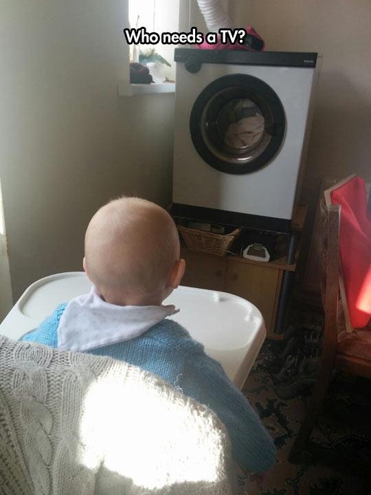 funny-baby-washing-machine-looking