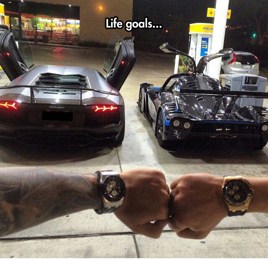 funny-car-wrist-watch-goals