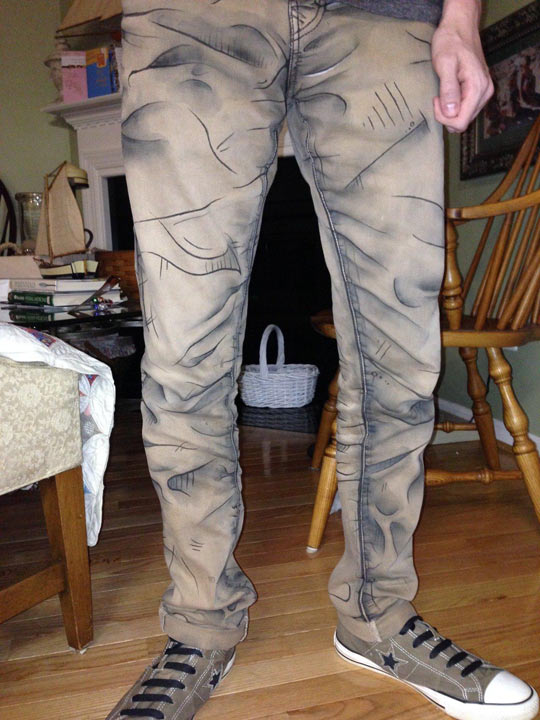 funny-cartoon-pants-drawing-lines-brown