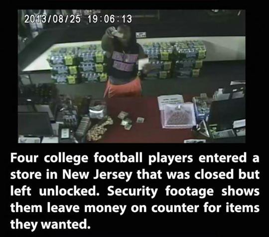 funny-college-football-security-footage