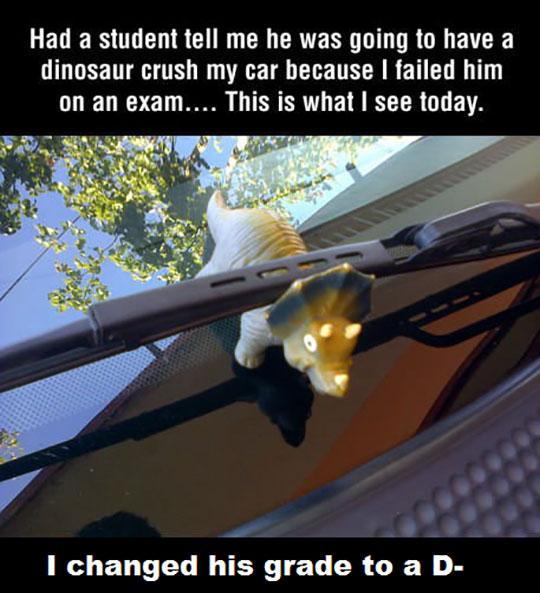 funny-dinosaur-car-windshield-teacher