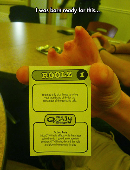 funny-game-rule-card-hand-missing-fingers