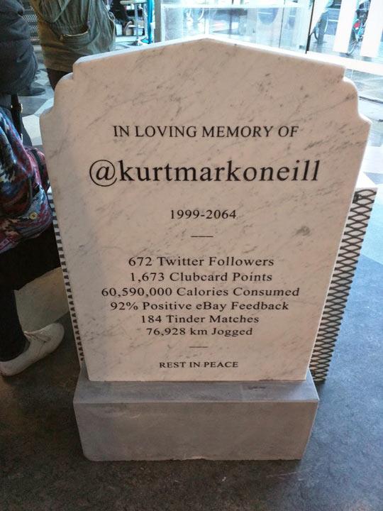 funny-gravestone-Twitter-Tinder-future